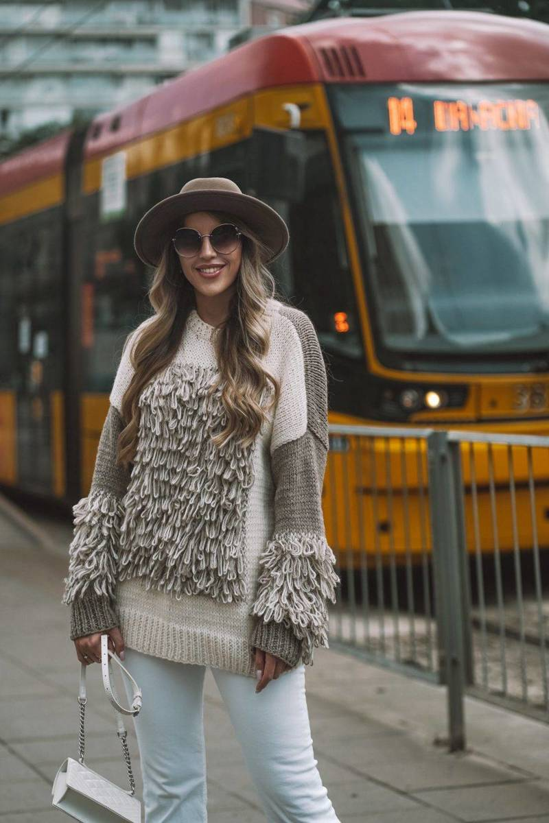 Sweter FRINGE MADNESS